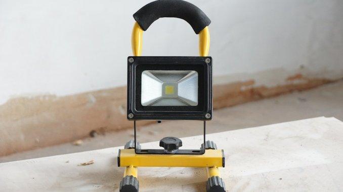 Akku LED Strahler / Baustrahler