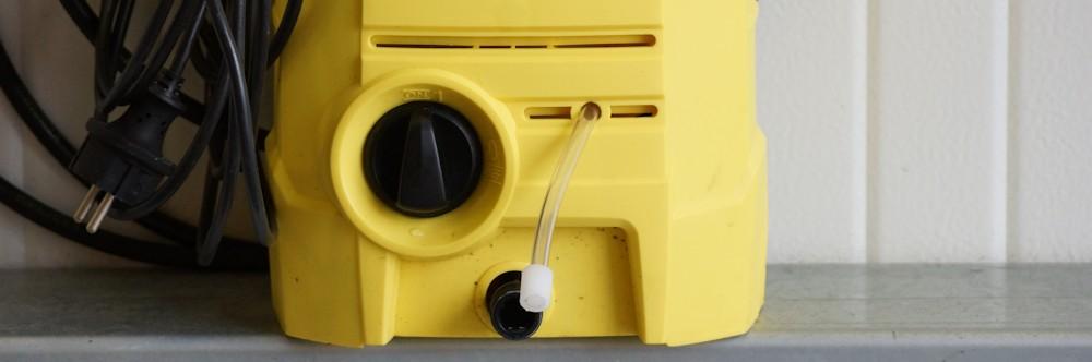 Ansaugschlauch beim Hochdruckreiniger für Waschmittellzusatz